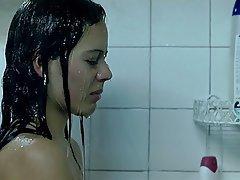 Sprcha, Celebrity, Černovlásky, Bradavky
