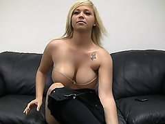 Amateur, Baby, Grosse Tits, Blondine