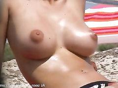 Grosse Tits, Amateur, Öffentlichkeit