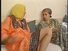 Amatér, Lesbičky, Onanie, Arabové